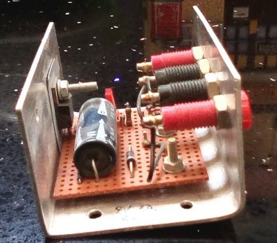 9V regulator built using a 7805 and a 4.3V Zener diode - side view 2